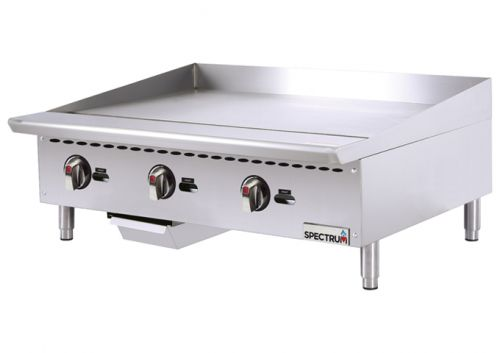 Winco NGGD-48M 48-Inch Wide Spectrum Gas Griddle