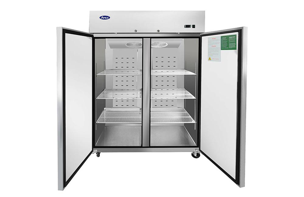 2 door reach in refrigerator