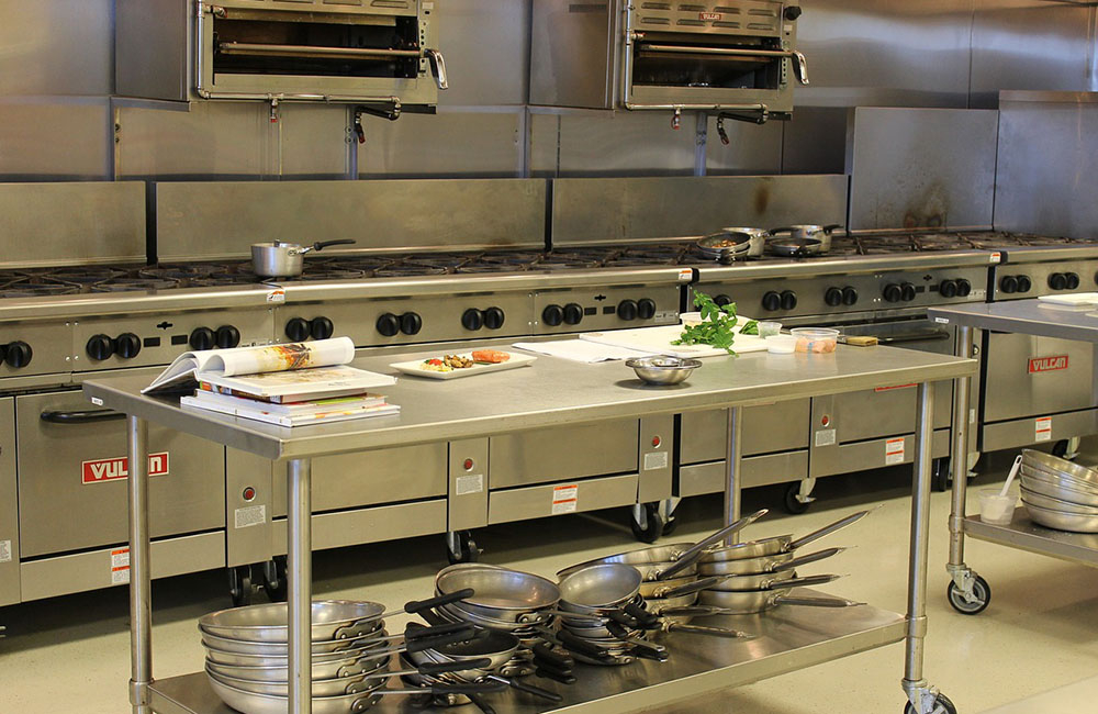 How To Build A Proper Commercial Kitchen Workstation
