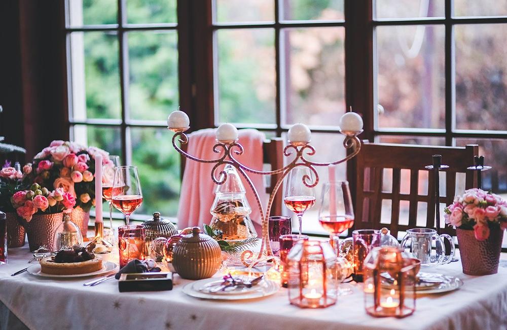restaurant table decor